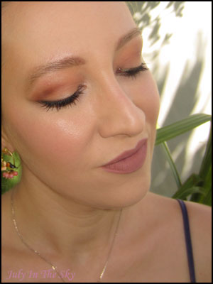 blog beauté kat von d palette shade + light eye contour avis test swatch teintes chaudes make-up