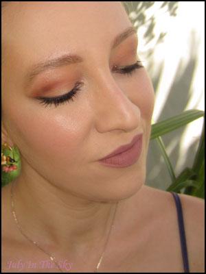 blog beauté kat von d palette shade + light eye contour avis test swatch teintes chaudes make-up