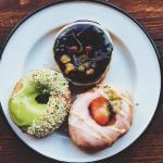 Drei verschiedene Donuts bei Brammibals Donuts