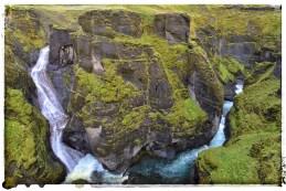 Fjaðrárgljúfur Canyon, on the Fjaðrá river