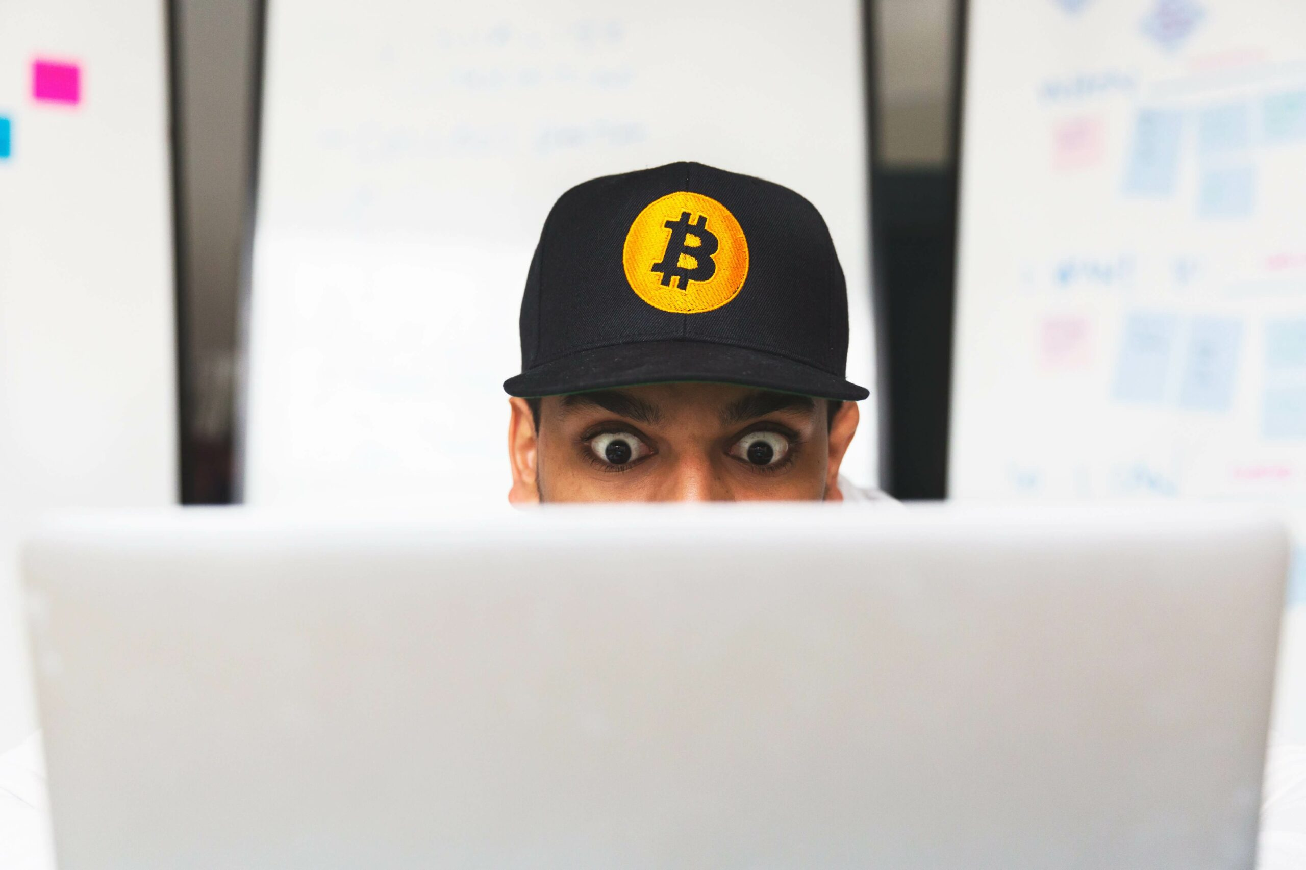 Cryptocurrency Traders & SEO Expert Similarities?