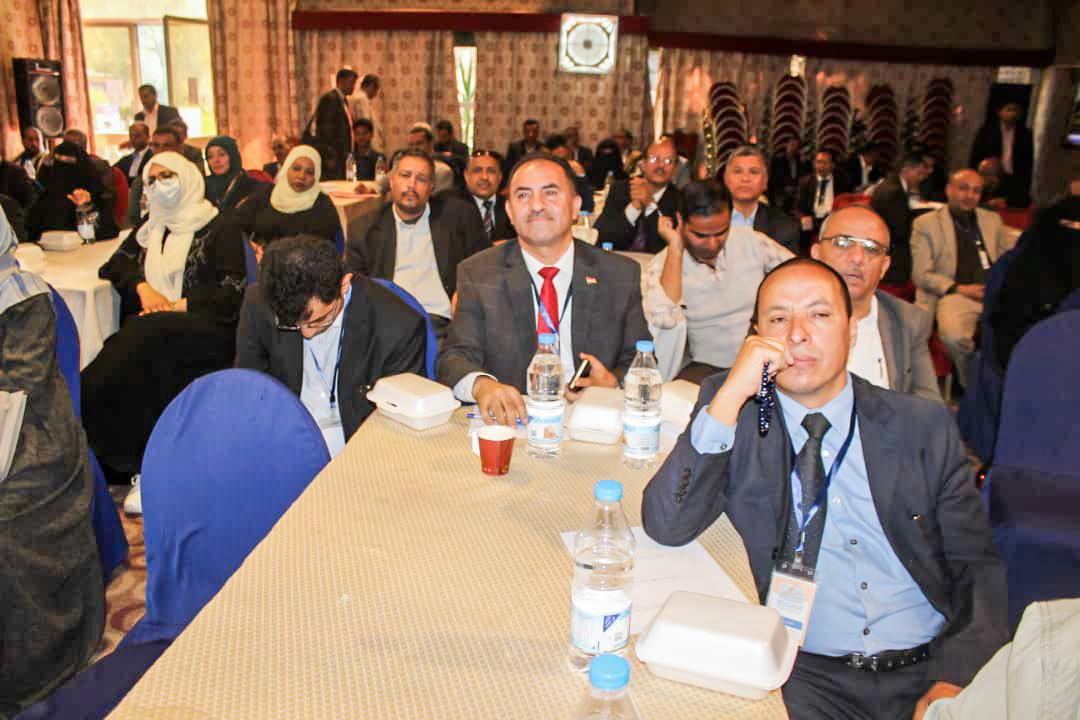 رئيس الجامعة يشارك في أعمال المؤتمر العلمي الأول للتعليم الإلكتروني في اليمن جامعة جبلة أ.د/ عبدالله المطري