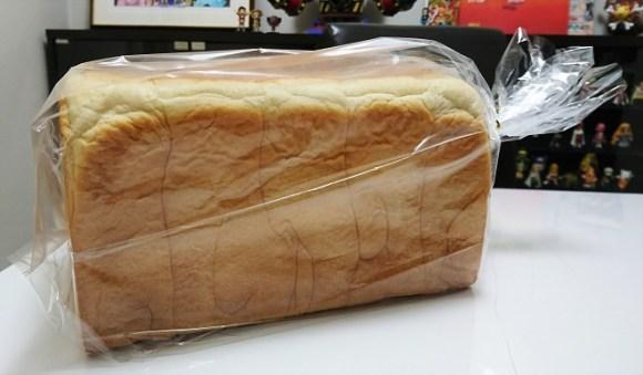湯種食パンの袋