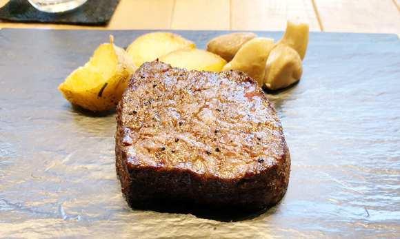 D-Steakの黒毛和牛Dステーキ