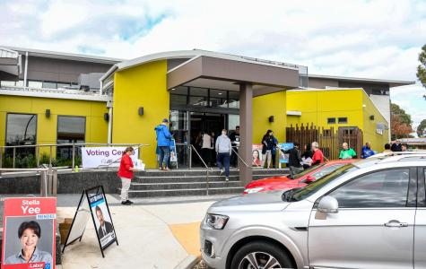 Apathy and long queues: as early voting opens in Deakin, the locals are frustrated