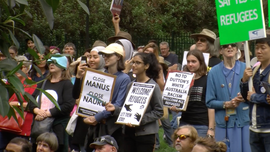 Sydneysiders protest offshore detention