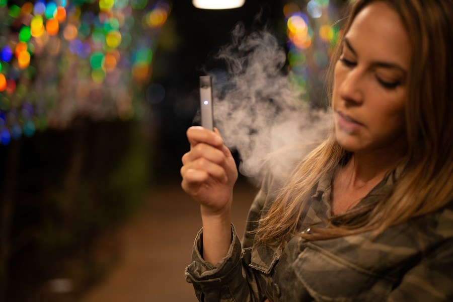 The+Juul%2C+a+popular+vaping+device+