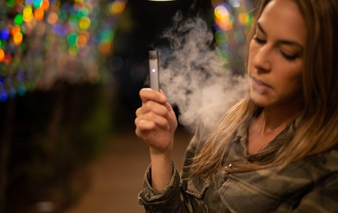 """""""Vaping"""": a new health threat for smokers?"""