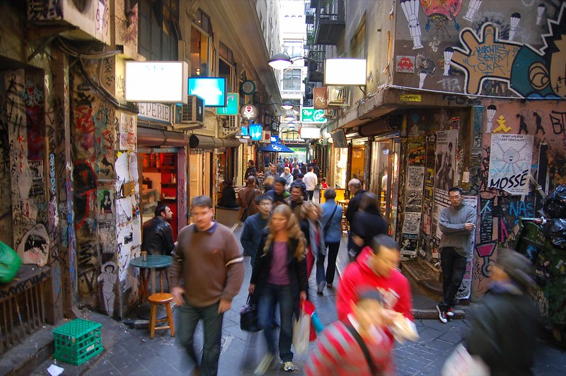 A laneway in Melbourne. Photo: Angela Rutherford (CC BY-NC-ND 2.0).