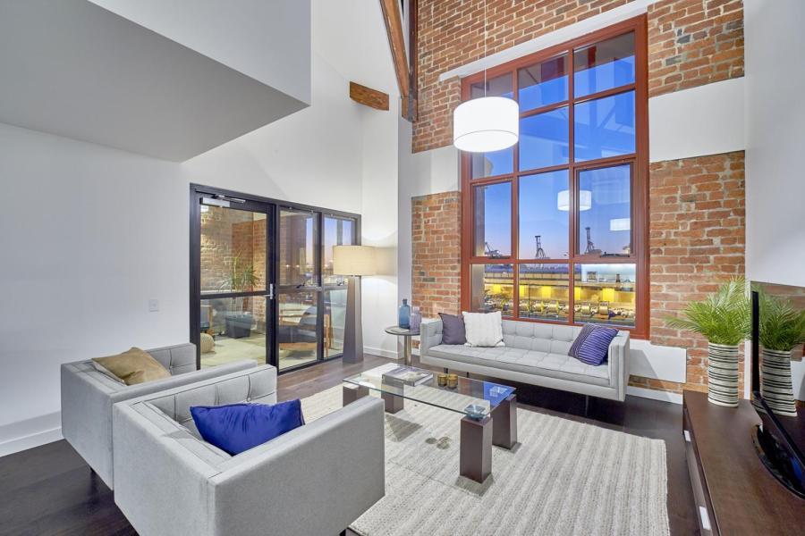 Heirloom+lounge+room