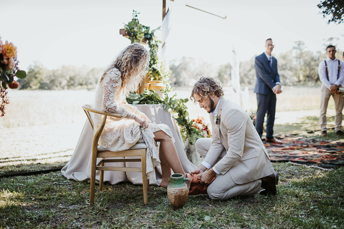 https junebugweddings com wedding blog 15 unity ceremony ideas