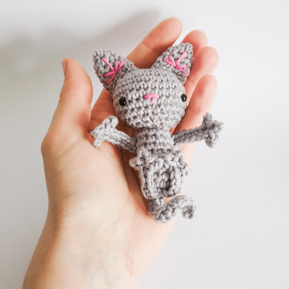 Stripy Cat Amigurumi · How To Make A Cat Plushie · Crochet and ... | 593x593