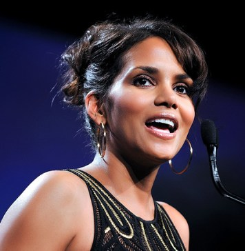 Mo'Kelly's Open Letter to Halle Berry | June's Journal image 4