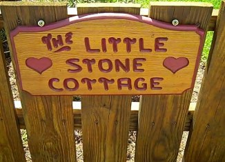 Romantic Getaway to The Little Stone Cottage | June's Journal image 1