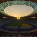 Das charakteristische Dach im Olympiastadion Berlin