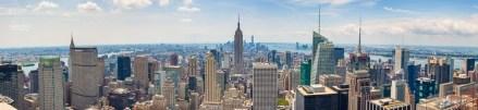 Dieses Panorama aus sieben Einzelaufnahmen ist auf den Rockefeller Center (Top of the Rock) entstanden. Zusehen ist die Südspitze von Manhattan. In der Bildmitte ragt das Empire State Building hervor, dahinter - etwas links - ist der Freedom Tower zu sehen. https://junghahn24.com/es-geht-hoch-hinaus-top-of-the-rock/