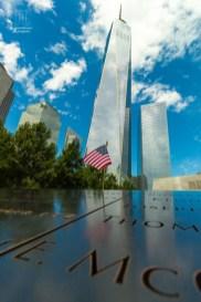 Bei einem Namen aus der Reihe der Einsatzkräfte steckt eine US Fahne.