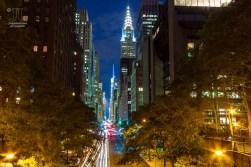 Die 42nd Street ist die Bühne für Manhattan Hange. Leider ist dieses Schauspiel im Juni. https://junghahn24.com/mit-der-u-bahn-raus-zu-fuss-wieder-rein-brooklyn-bridge/