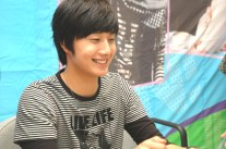Jung Il-woo 1 CLRide Signing