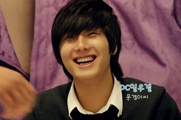 2007 11 15 Somang Signing 11