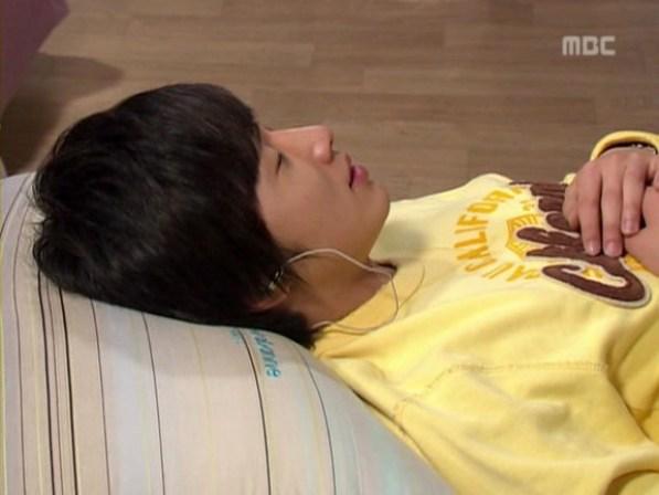 2007 HK Yoon-ho 12