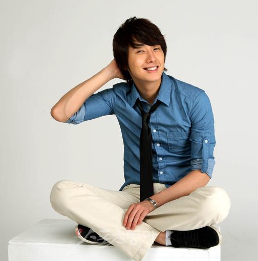 2009 7 JIW Blue Shirt 2