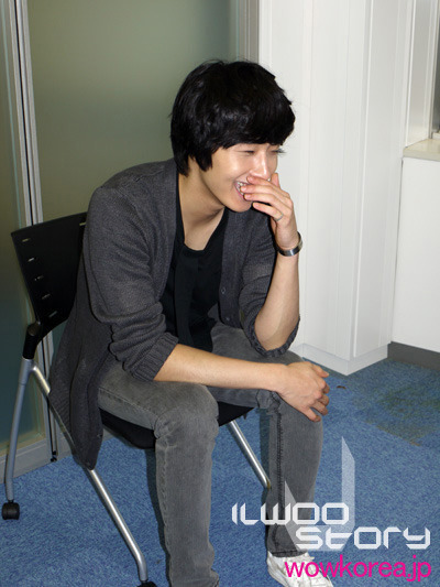 2009 JIW Japan Fan Meet 1 Interview 7