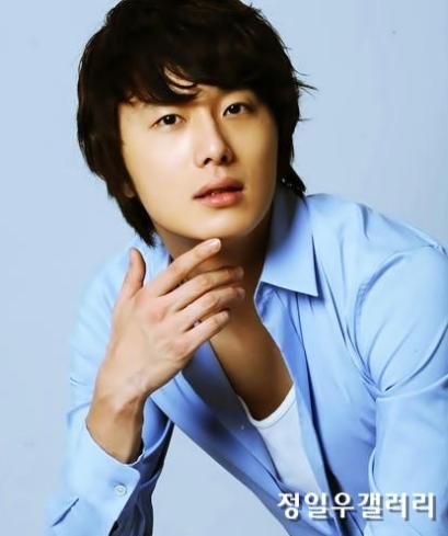 2009 8 11 JIW Another Blue Shirt 3