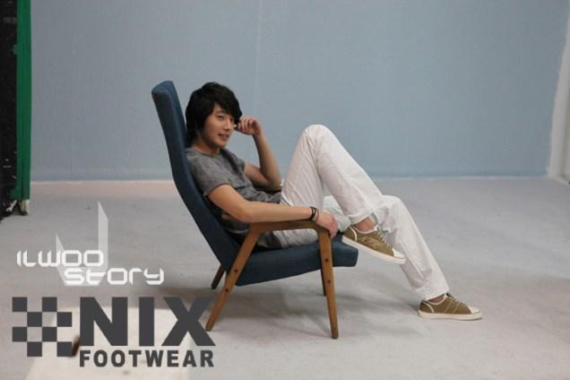2009 JIW NIX Shoes:Jeans 9
