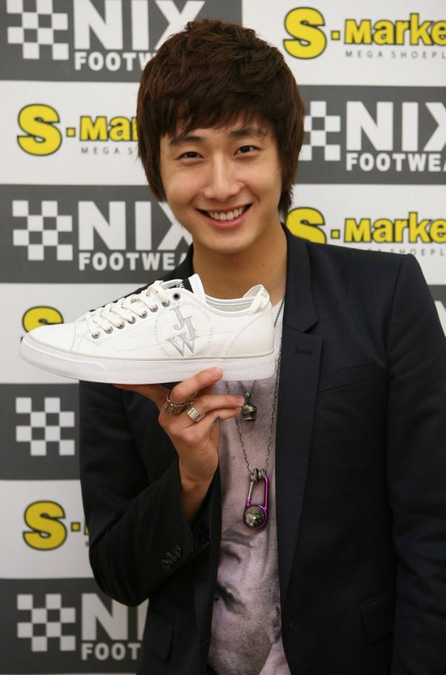 img_6859_nixfootwear.jpg