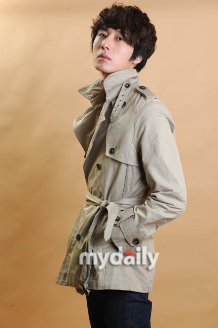 2011 JIW In Beige Overcoat 3