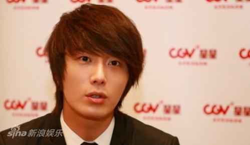 2011 27 Sina Interview 11