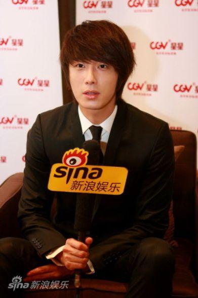 2011 27 Sina Interview 15
