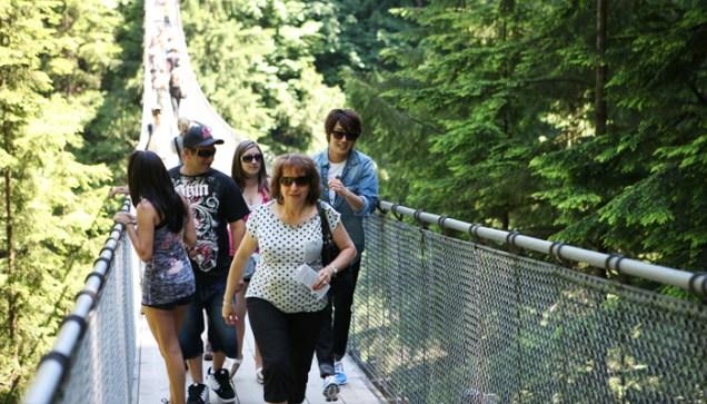 2011 7 OMT Day 2 Capilano Suspension Bridge 1