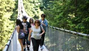 2011 7 OMT Day 2 Capilano Suspension Bridge 1
