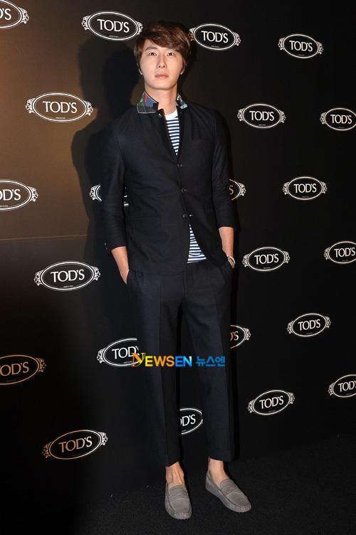 2011 10 25 Jung II-woo at TOD's 1.4
