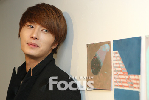 2011 12 10 Jung II-woo for the Daily Focus 00004
