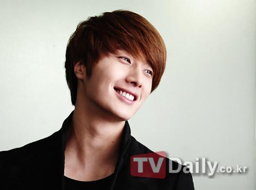2011 12 13 Jung II-woo for TV Daily 00003