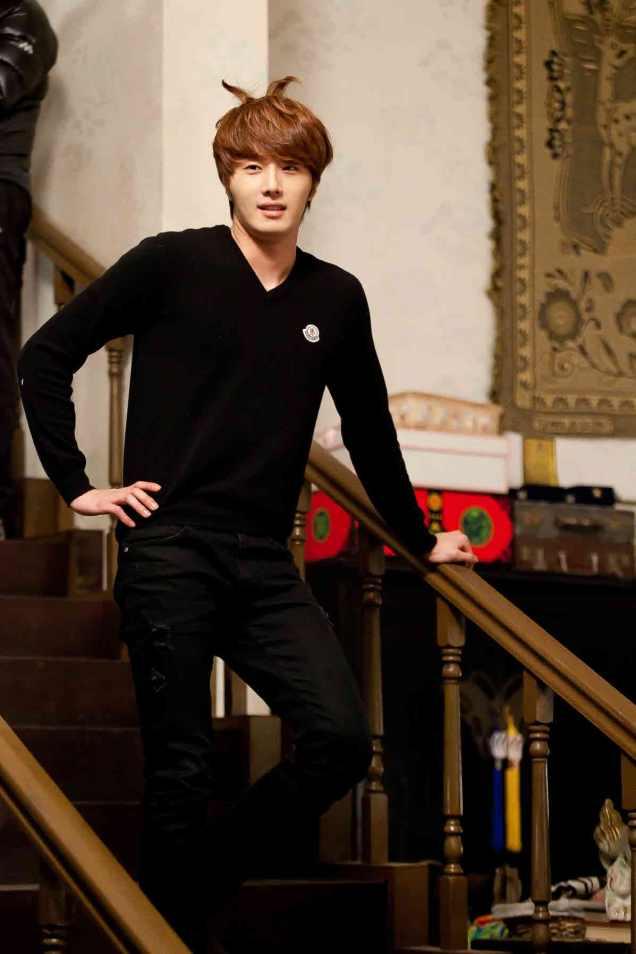 2011 12 13.Jung II-woo in FBRS Ep 14 00127