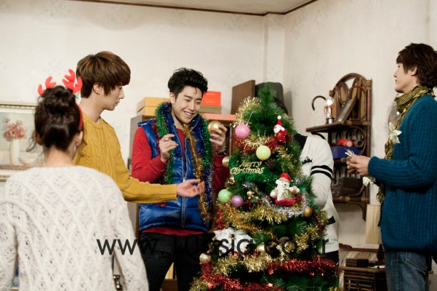 2011 12 19 Jung II-woo in FBRS Ep 15 10Asia Christmas Pictorial00015