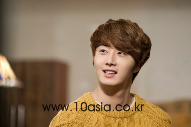 2011 12 19 Jung II-woo in FBRS Ep 15 10Asia Christmas Pictorial00020