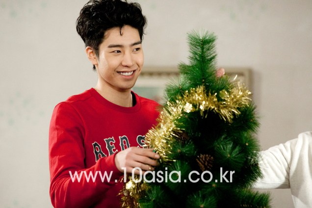 2011 12 19 Jung II-woo in FBRS Ep 15 10Asia Christmas Pictorial00026