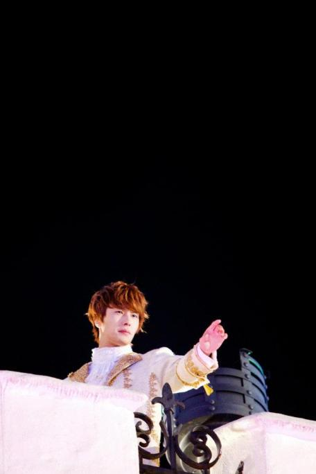 2011 12 19 Jung II-woo in FBRS Ep 15 X00016