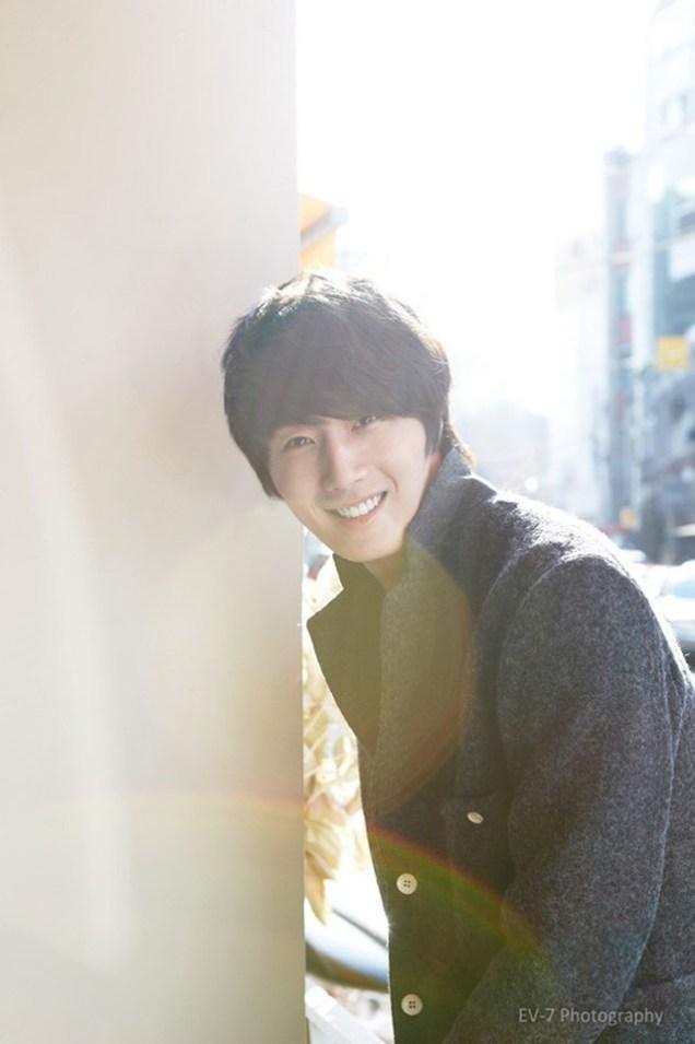 2011 12 26 Jung II-woo for Entermedia 00010.jpg