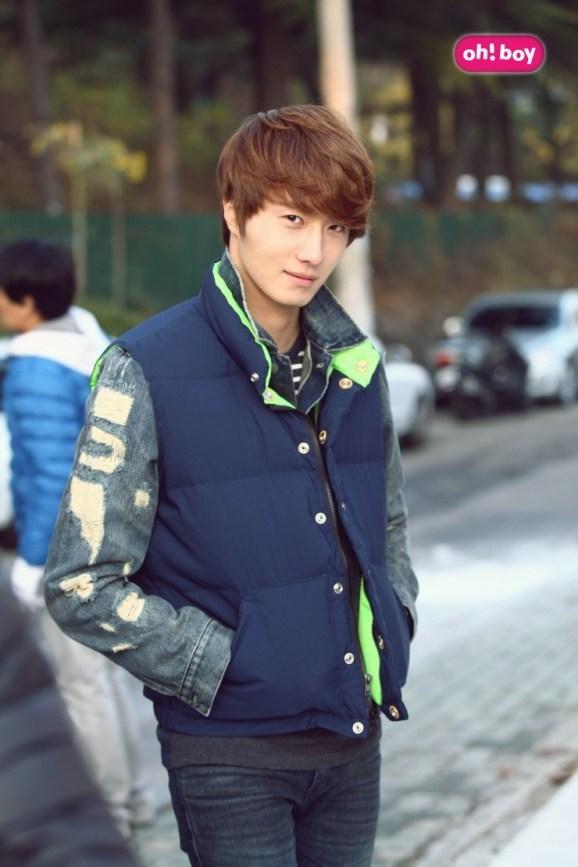 2011 Jung II-woo Final Post00012