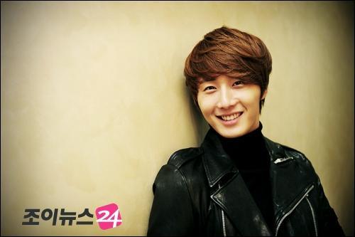 2011 Jung II-woo in UJIWP 00001