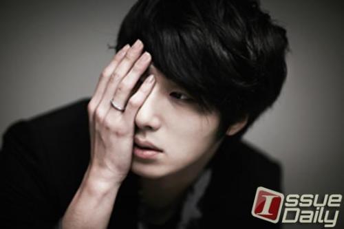 2011 Jung II-woo in UJIWP 00002
