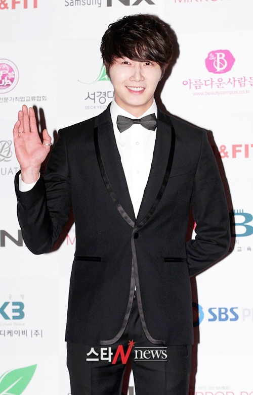 2012 1 18 Jung II-woo in Asia Model Awards 00012