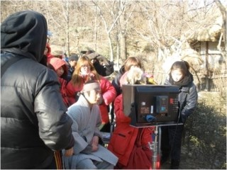 2012 1 18 Jung II-woo Moon Episode 8 BTS Xtras 00001
