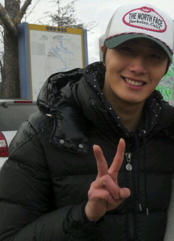 2012 Jung II-woo in The Moon Embracing the Sun Episode 7 Extras BTS 00011